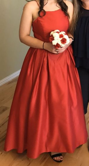 David's Bridal red dress size 12 for Sale in Frisco, TX