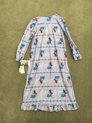 Frozen 2 Elsa Anna Girls Night Gown 8 New for Sale in Austin, TX