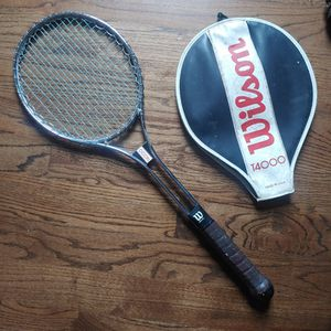 Wilson T4000 Vintage tennis Racket for Sale in Prospect Heights, IL