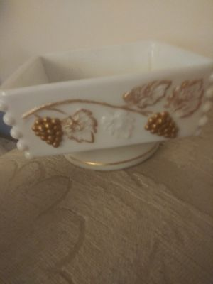 Vintage Westmoreland Milk Glass Gold Gilt Grapes Candy Dish for Sale in Pompano Beach, FL