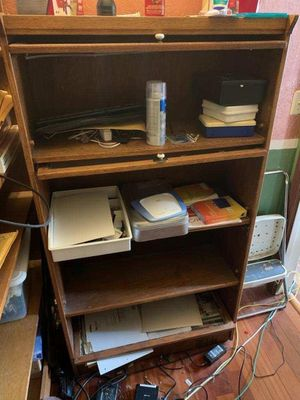 Bookshelves 2 for $30 for Sale in Vallejo, CA