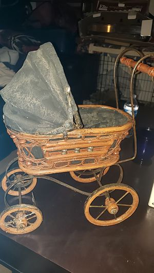 Antique Doll Carriage for Sale in Tacoma, WA