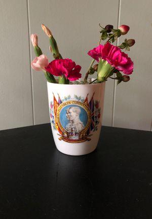 Royal Dalton Coronation Cup Vase George VI for Sale in El Dorado, AR