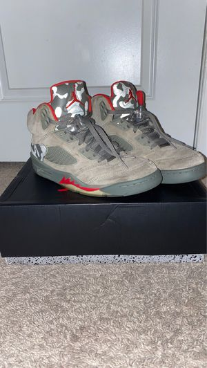 Jordan 5 retro camo size 8.5 for Sale in Brunswick, OH