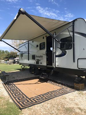 2017 Prowler 32' travel trailer for Sale in Willis, TX