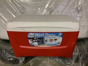 48 quart cooler for Sale in Broomfield, CO