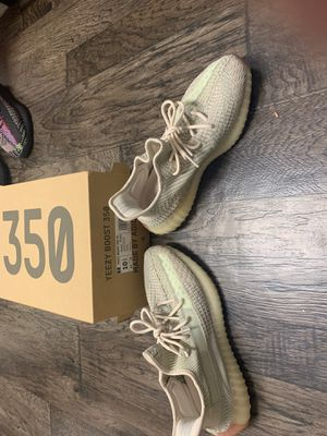 Yeezy citrin 10.5 for Sale in Palm Springs, FL