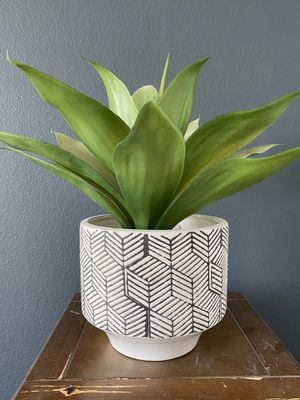 Artificial potted plant for Sale in Menifee, CA