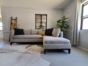 West elm gray sectional (couch) for Sale in Phoenix, AZ