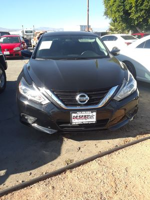 Nissan altima for Sale in Coachella, CA