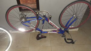 Trek 10 speed.....tires need air....great bike....negotiable for Sale in Miami, FL