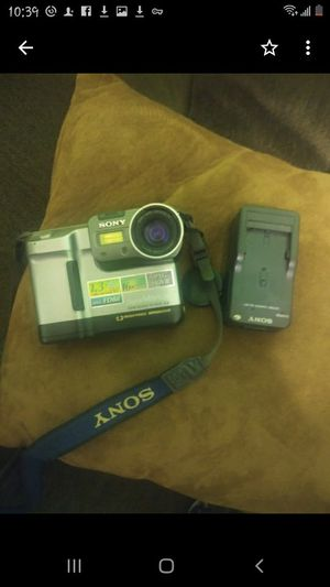 Sony movie camera for Sale in Bakersfield, CA