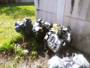 Tractor and lawnmower engine for Sale in Miami, FL
