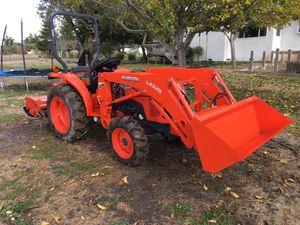 Kubota L2501 HST for Sale in Mount MADONNA, CA
