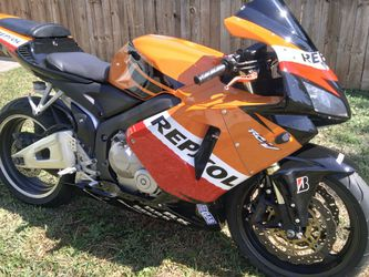 2004 Honda cbr 600 for Sale in Los Angeles,  CA