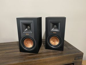 Klipsch R-15PM Powered Speakers with Bluetooth for Sale in Seattle, WA
