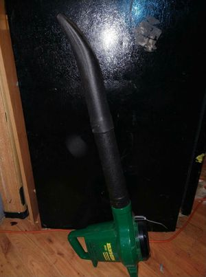 (ELECTRIC LEAF BLOWER )ITS WEEDEATER BRAND FYI for Sale in Montesano, WA