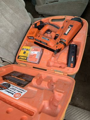 De Walt nail gun no need for compressor in excellent shape for Sale in Baltimore, MD