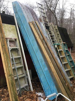 14 foot aluminum johnboat and trailer no leaks no tile for Sale in Williamsburg, VA