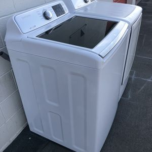 Samsung Washer And Dryer for Sale in Santa Ana, CA