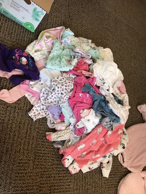 Newborn and 0-3 month girls clothes for Sale in Fort Campbell, KY