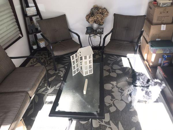 Outdoor/Indoor patio furniture set