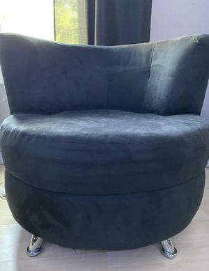 Black Lounge Couch for Sale in Hemet, CA