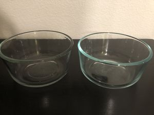 Set of 2 Pyrex glass bowls for Sale in Irvine, CA