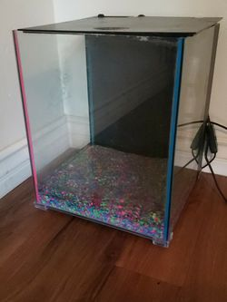 8 Gallon Aquarium With Extras for Sale in San Diego,  CA