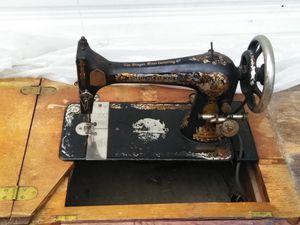 Singer sewing machine for Sale in Salt Lake City, UT