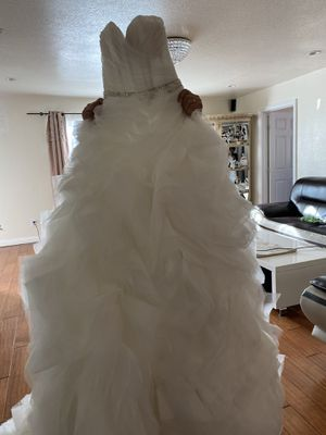 Wedding dress for Sale in Tujunga, CA