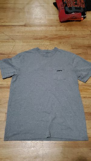 Patagonia tee for Sale in Stockton, CA