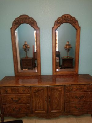 Large Dresser, two nightstands, and bed for sale. for Sale in Hialeah, FL