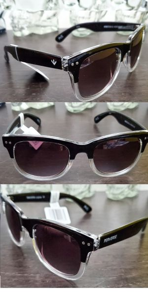CLASSIC Wayfarer Sunglasses Black & Clear Frames POLARIZED for Sale in Long Beach, CA