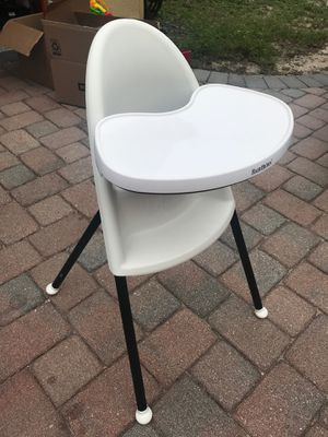 BabyBjorn high chair for Sale in Oviedo, FL