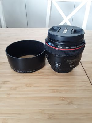 Canon lenses 50mm f/1.2L Usm for Sale in Miami Beach, FL