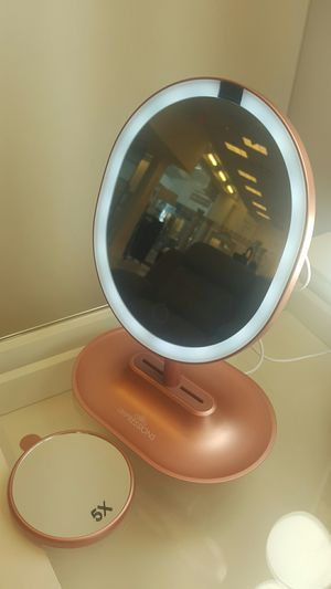 Make up mirror for Sale in Raleigh, NC