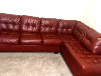 Artificial Red Leather Sectional for Sale in Brandon,  FL