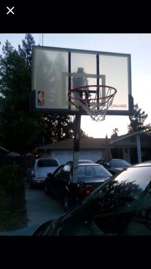 Basketball hoop for Sale in Concord, CA