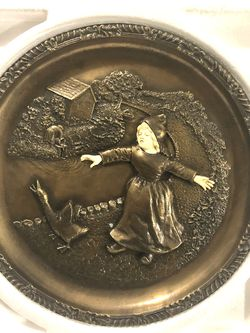 """Mint Condition Vintage Hand Crafted With French Bronze Alloy 1979 Issue """"Uncertain Beginnings"""" for Sale in Vacaville,  CA"""