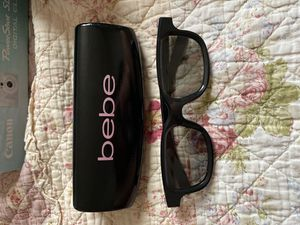 Bebe brand glasses case for Sale in Los Angeles, CA