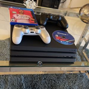 PlayStation 4 PS4 PRO 4K 1TB with 2xGenuine Controllers & FIFA20+19 for Sale in Delray Beach, FL