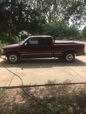 2002 chevy silverado extended cab 1500 for Sale in Austin, TX