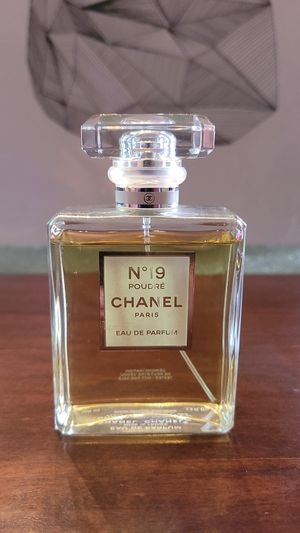 Chanel no 19 poudre 3.4 oz perfume for Sale in DEVORE HGHTS, CA