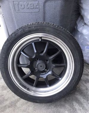 (1) Drag DR16 Rim w/ Nexen Tire for Sale in Sacramento, CA