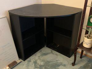 Free Corner Desk for Sale in Hayward, CA