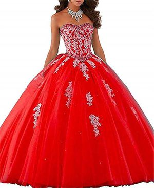 Red quince dress for Sale in Dallas, TX