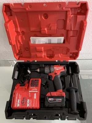 "Milwaukee M18 FUEL 18V 1/2"" Drill/Driver with 5.0 battery(NEW) for Sale in Miami, FL"