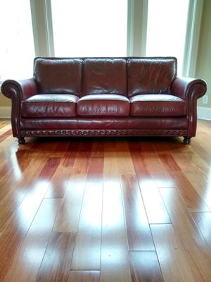High quality Leather Sofa/couch for Sale in Eno Valley, NC