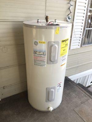 $$150$$ Electric water heater- boiler electrico (50 gal!) for Sale in Phoenix, AZ